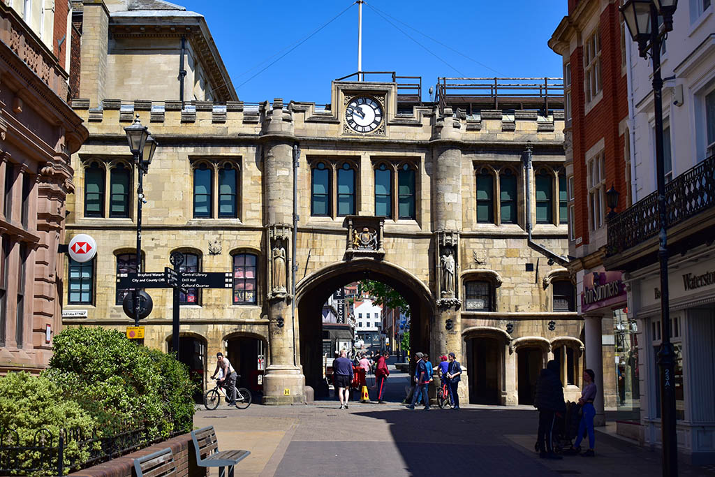 Things to do in Lincoln: Guildhall and Stonebow