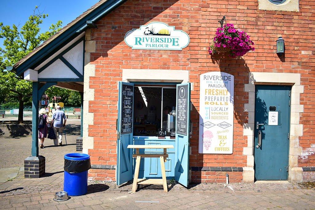 Riverside Parlour ice cream Newark