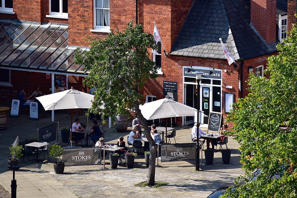 Tea rooms in Lincoln: Stokes Lawn Cafe
