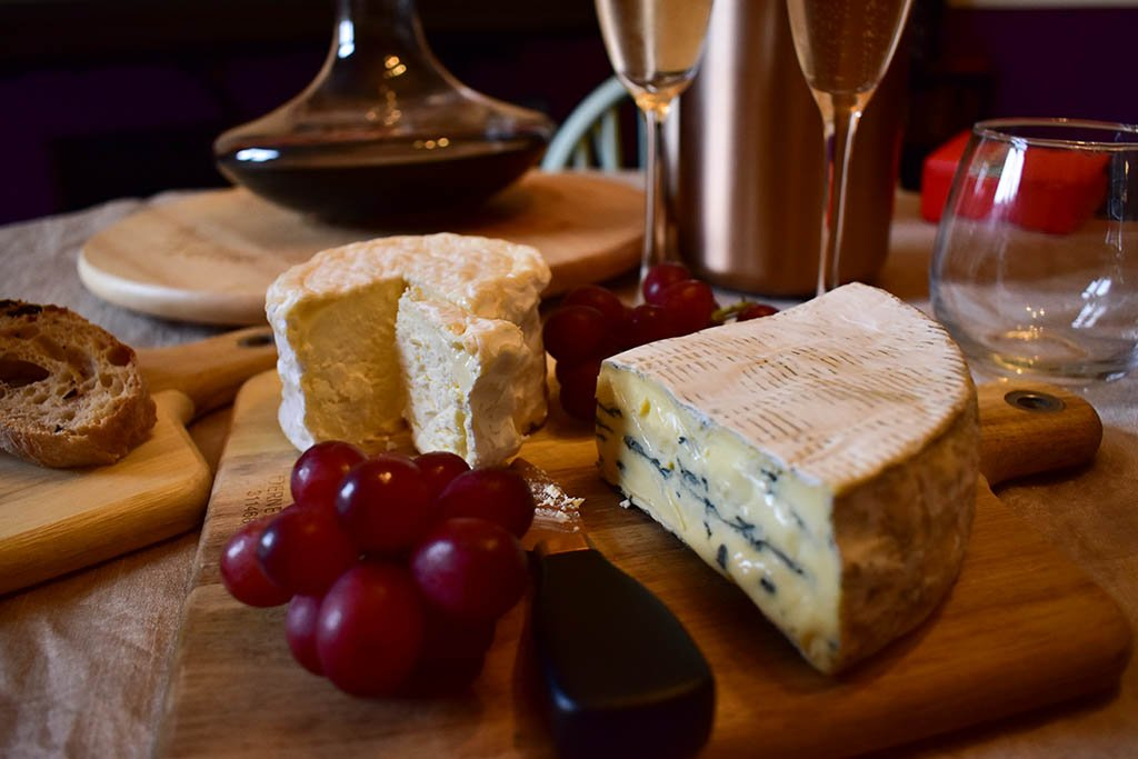 Cheese Society Cote Hill Blue for a Lincolnshire night in