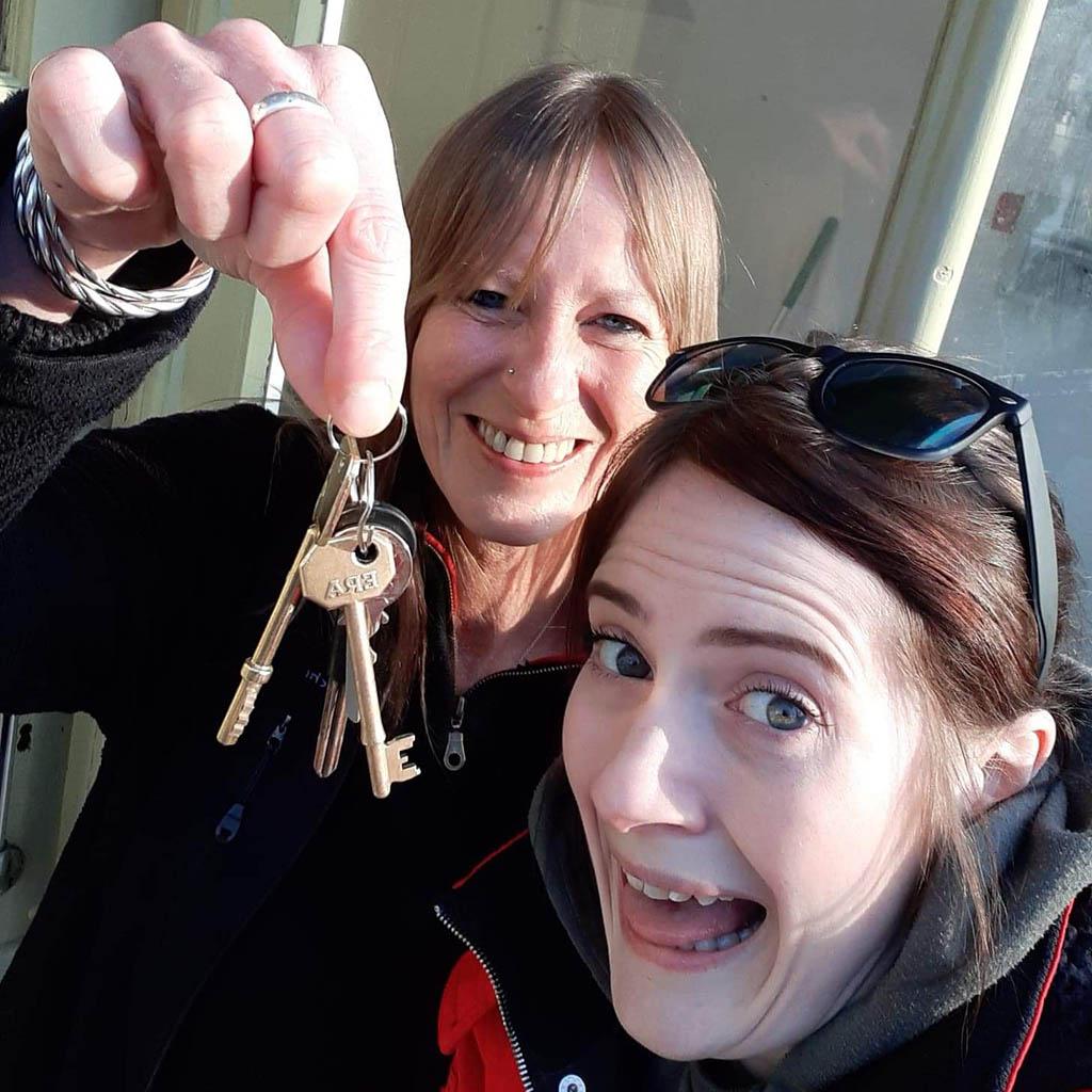 Emma Steph Tiny Tavern keys
