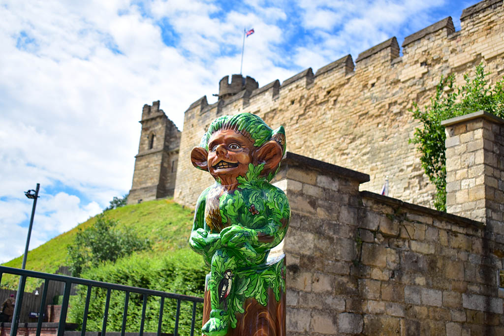 Lincoln Imp Trail infront of castle