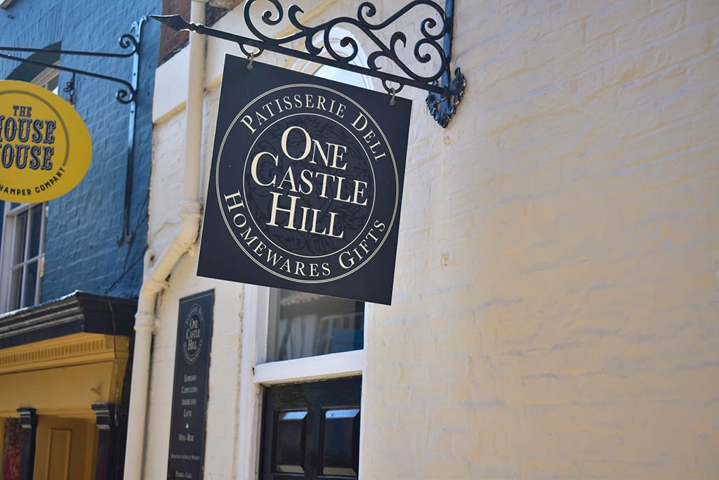 One Castle Hill sign