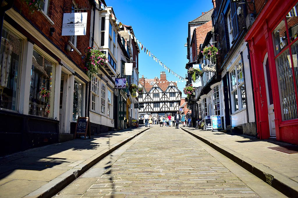 Steep Hill Lincoln straight